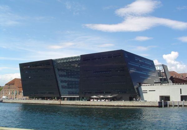 royal Danish library, located in Copenhagen