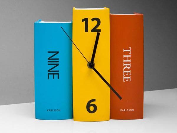 Book Clock 2