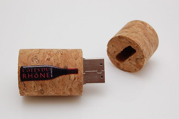 Wine Stopper USB Memory Stick 2