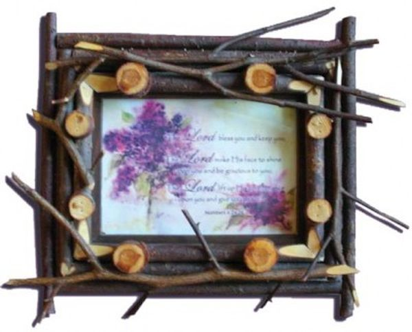 The twigged photo frame