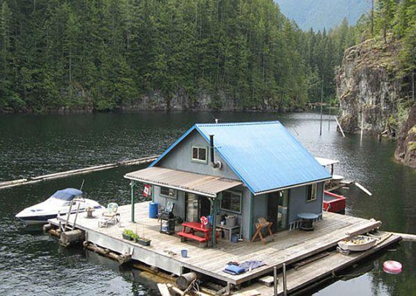 Powell Lake, British Columbia